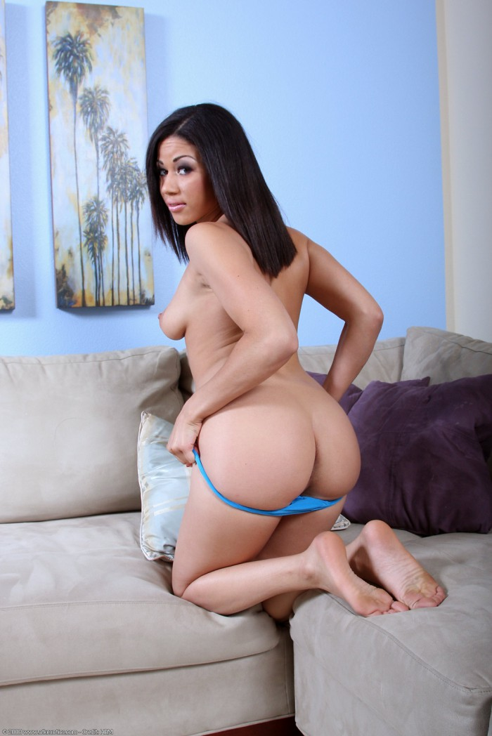 Summer Bailey Bare Ass